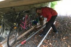 Monica tar hand om cyklar